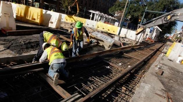 ap_streetcar_construction_ll_130131_wg