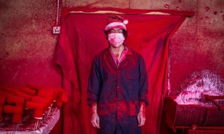 Christmas made in China: Santa's Real Workshop