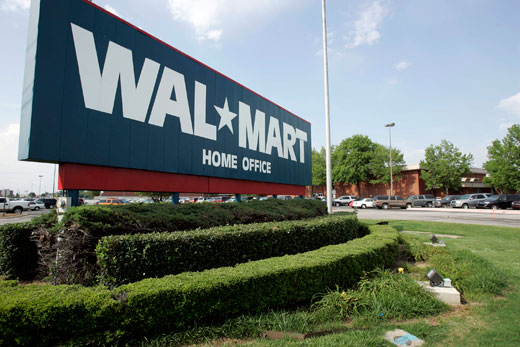 Walmart lays off 450 from headquarters